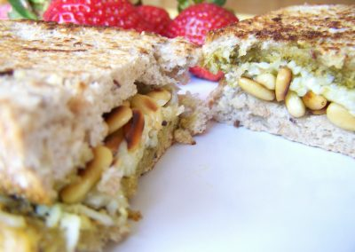 Bread toast with mixed nuts